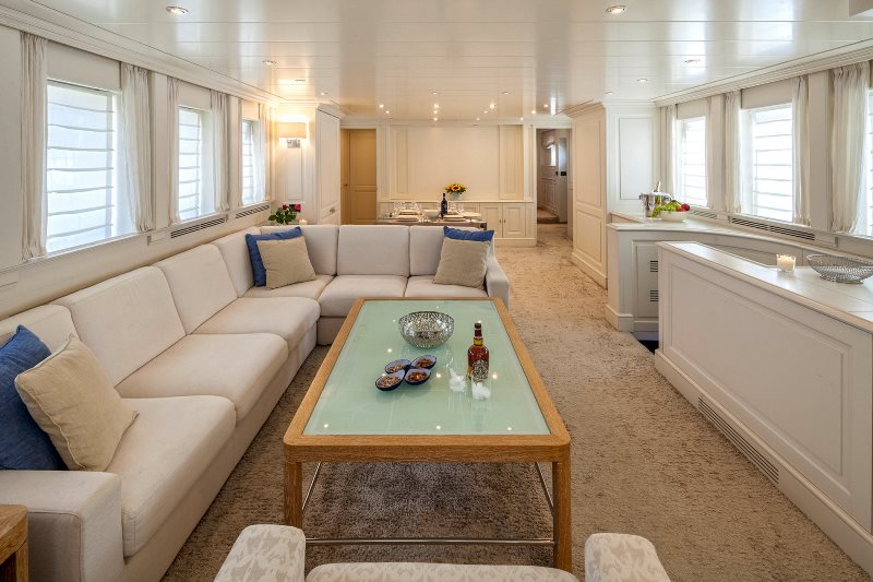 Yacht Harmonya - photo 11 of 18