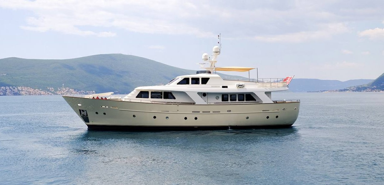 Benetti Classic 82 | Mega Yacht for sale - Delesalle Yachts