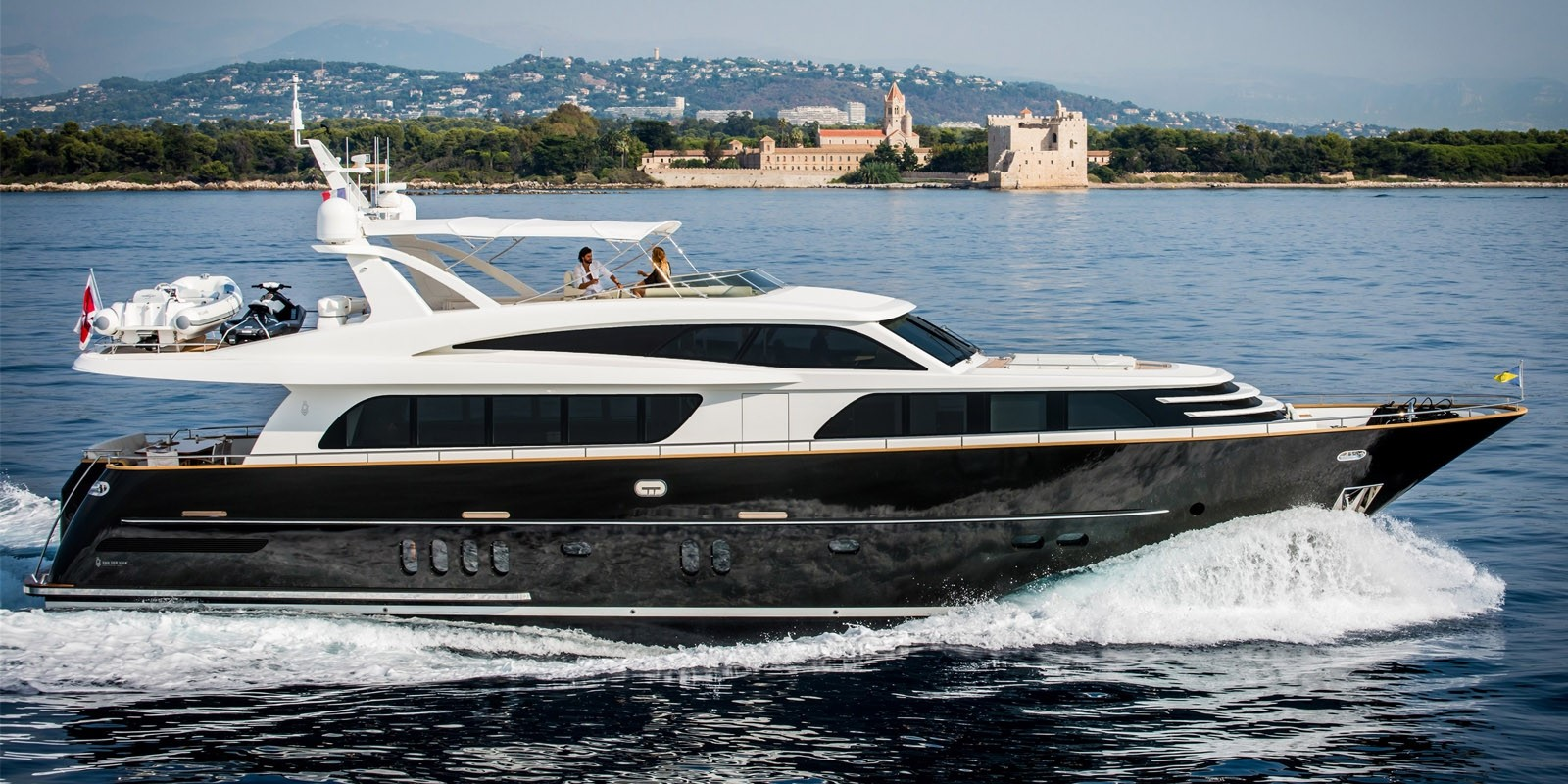Яхта Van der Valk Raised Pilothouse 82 - фото 10 из 11
