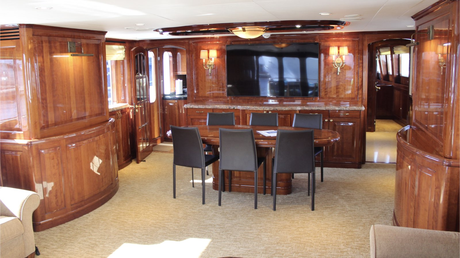 Yacht Conrad 89 - photo 4 of 24
