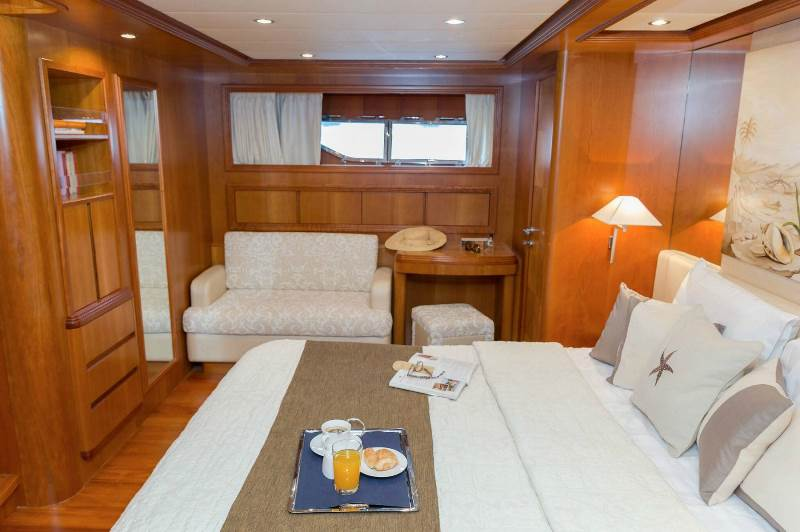 Yacht ALFEA (24M) - photo 14 of 25