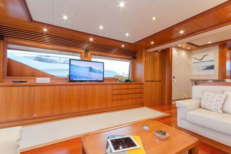 Yacht ALFEA (24M) - photo 17 of 25